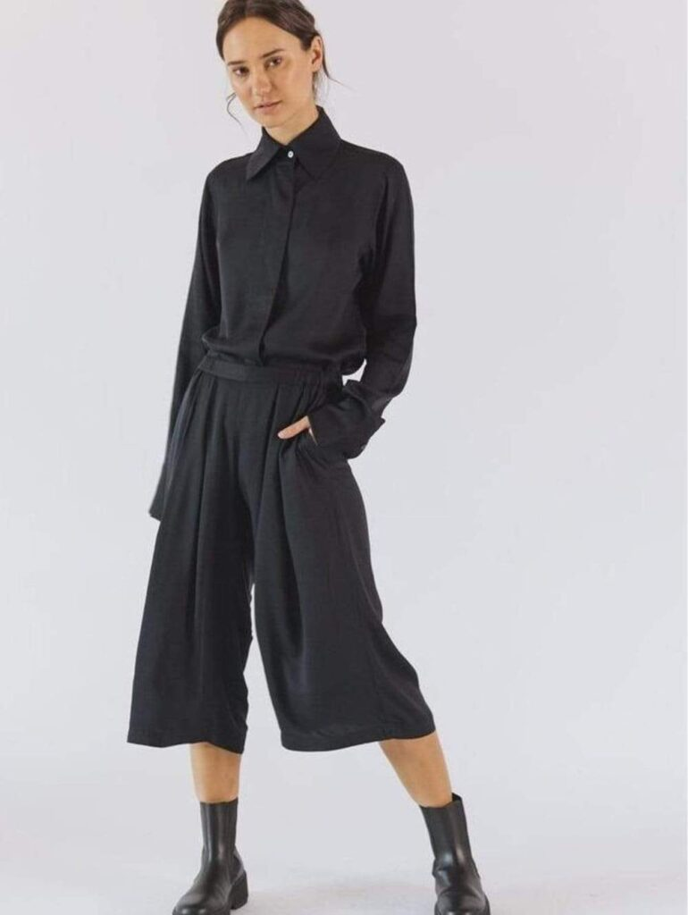 neu nomads cropped tencel vegan silk palazzo trousers multiple colours 28072116256881 1000x Dress in Style With Our Vegan Clothes Guide