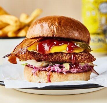 rudys vegan chicken burger meal kit